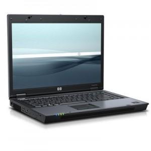 Foto laptop opengeklapt